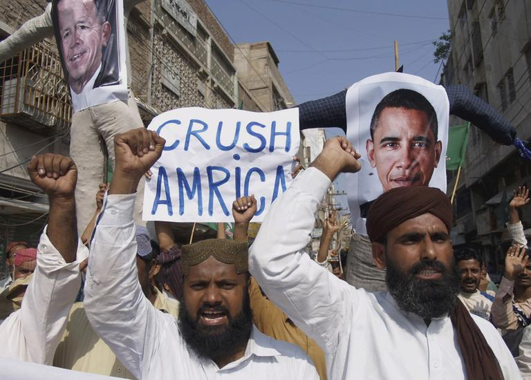 Supporters of Pakistani religious party Sunni Tehreek rally against the U.S. in Hyderabad, Pakistan on Tuesday, Sept 27, 2011. Pakistan lashed out at the U.S. for accusing the country's most powerful intelligence agency of supporting extremist attacks against American targets in Afghanistan - the most serious allegations against Islamabad since the beginning of the Afghan war. (AP)