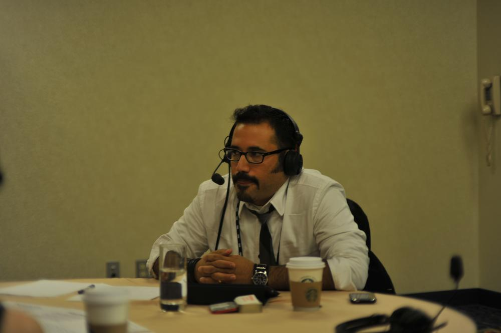 Robert Hernandez (aka @webjournalist) talks with On Point. (Alex Kingsbury/WBUR)