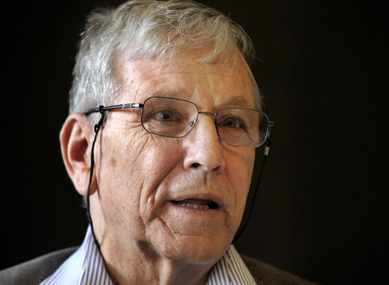 An April 14, 2008 file photo shows Israeli writer Amos Oz during a news conference in the city of Chemnitz, eastern Germany. Oz was awarded the 50,000 euro (around US$78,000) donated Heinrich-Heine-Prize 2008 awarded by the city of Duesseldorf, Germany, a jury announced on Saturday evening, June 21, 2008. (AP)