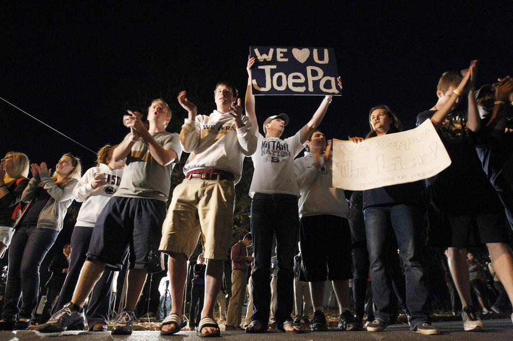 Students rally in support of Joe Paterno on Tuesday evening in State College, Pa.  (AP)