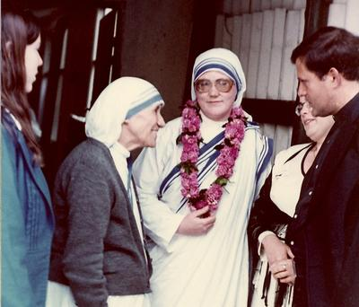 Sister Donata (Mary Johnson) with Mother Theresa (left) at her first profession of vows, in Rome, June 8, 1980. (Courtesy)
