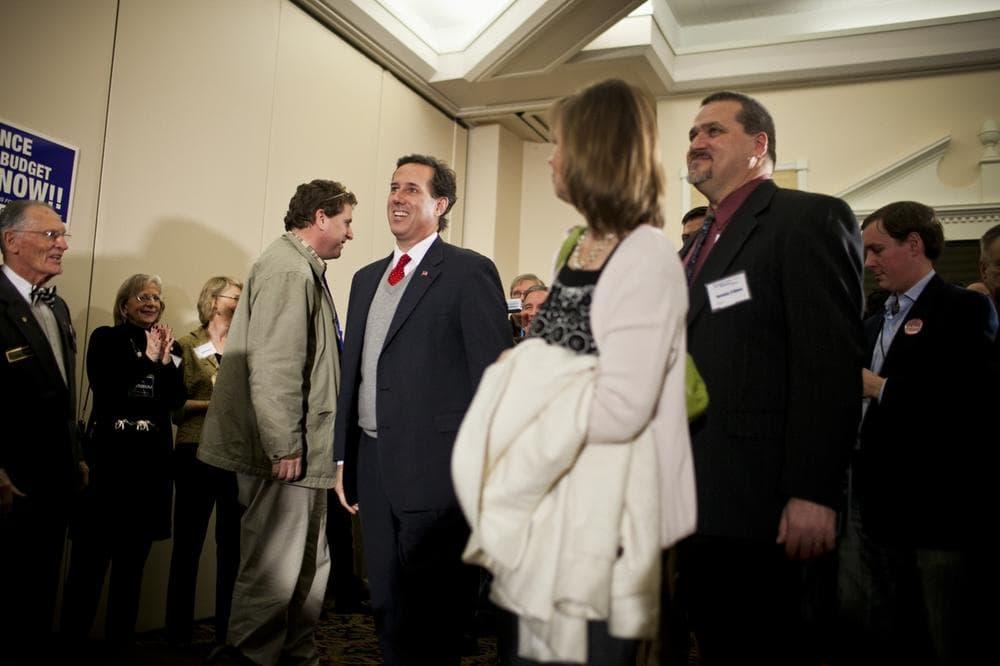 Sen. Rick Santorum campaigns at a GOP gala in Nashua, N.H. (WBUR/Dominick Reuter)