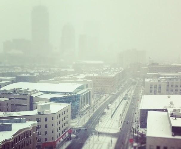 A view of Boston's Saturday snow storm from high above Huntington Avenue (@andrewzenn/Twitter)