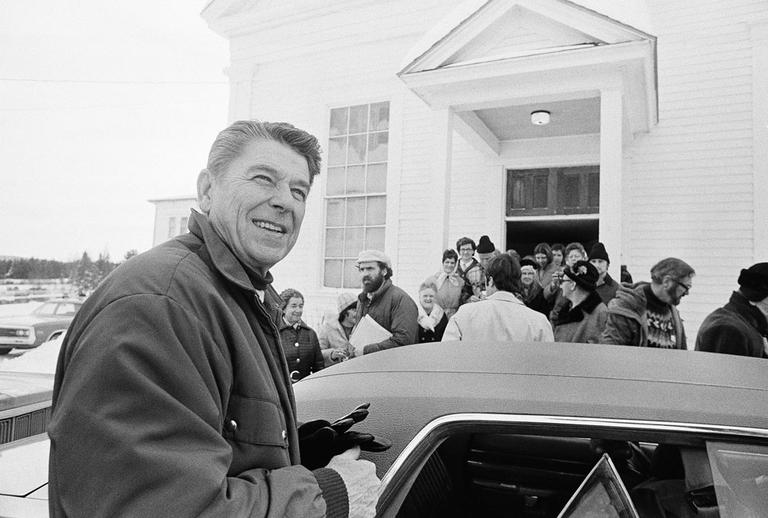 Then-Republican candidate Ronald Reagan at a campaign stop in Milan, N.H., on Jan. 6, 1976 (AP)