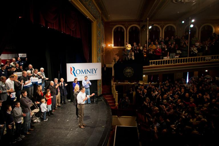 Mitt Romney holds a campaign event in Rochester, N.H., Sunday (Dominick Reuter for WBUR)