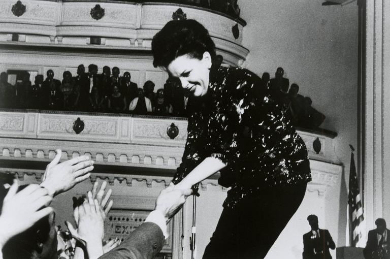Judy Garland performs at Carnegie Hall in New York in 1961. (AP/Carnegie Hall)