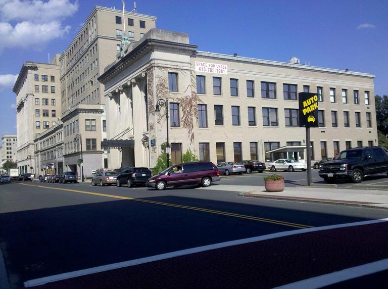 State Street in Springfield, part of the proposed development area for an MGM casino complex (Lynn Jolicoeur/WBUR)