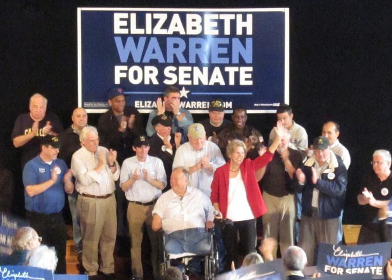 Former Sen. Max Cleland of Georgia and Democratic U.S. Senate candidate Elizabeth Warren campaign in Beverly Saturday. (Rachel Rohr/WBUR)