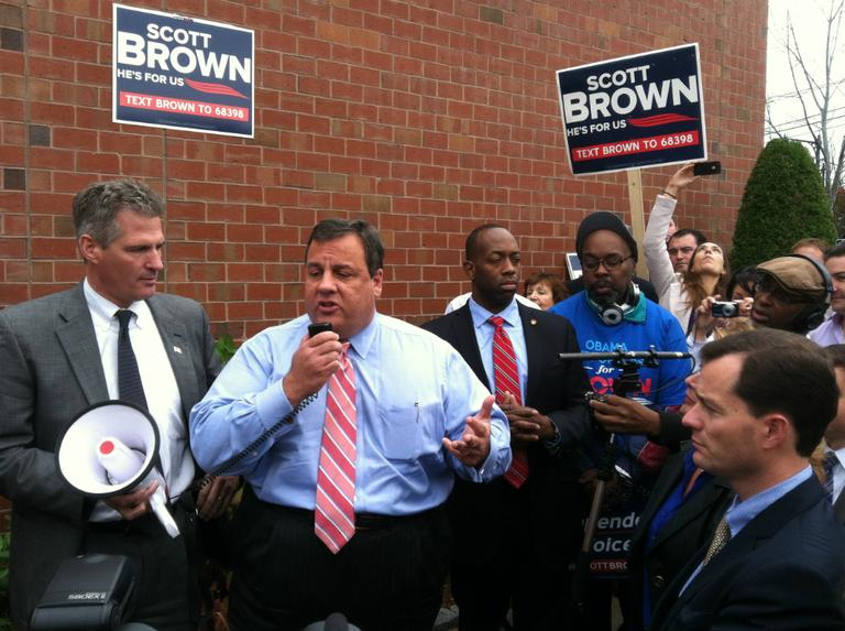Sen. Scott Brown campaigns in Watertown Wednesday with the support of N.J. Gov. Chris Christie, center. (Fred Thys/WBUR)
