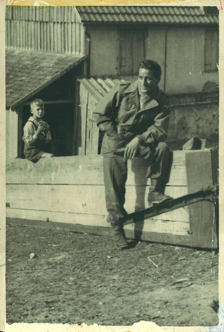 Tony Bennett was in the U.S. Army from 1944 to 1946. (tonybennett.com)