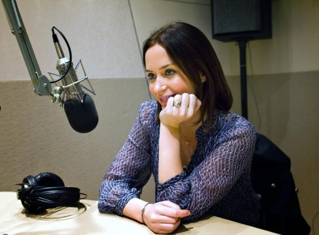 """Actress Emily Blunt visited the Here & Now studios to discuss her new film, """"Salmon Fishing in The Yemen."""" (WBUR/Jesse Costa)"""