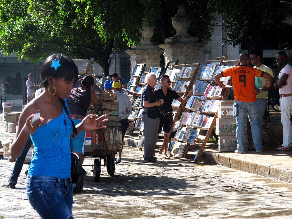 Book vendors set up stalls in the market at Plaza de Armas. Since the 1990s Cubans have been selling second-hand books and periodicals from the 1940s and 50s.