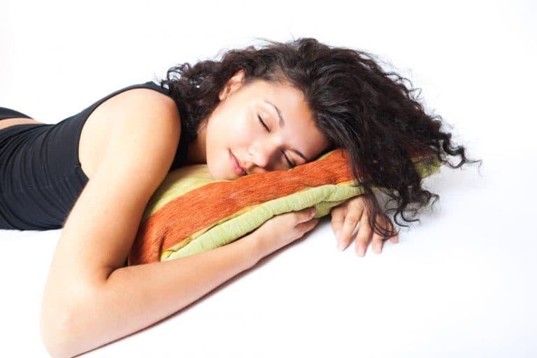 Girl sleeping (Flickr)