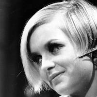 British fashion model Twiggy, known for her short hairstyle, has her hair trimmed in the ABC television studio in New York City on April 12, 1967. (AP)