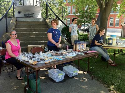 A bake sale in Kittery, Me (Beautiful Lily/Flickr Commons)