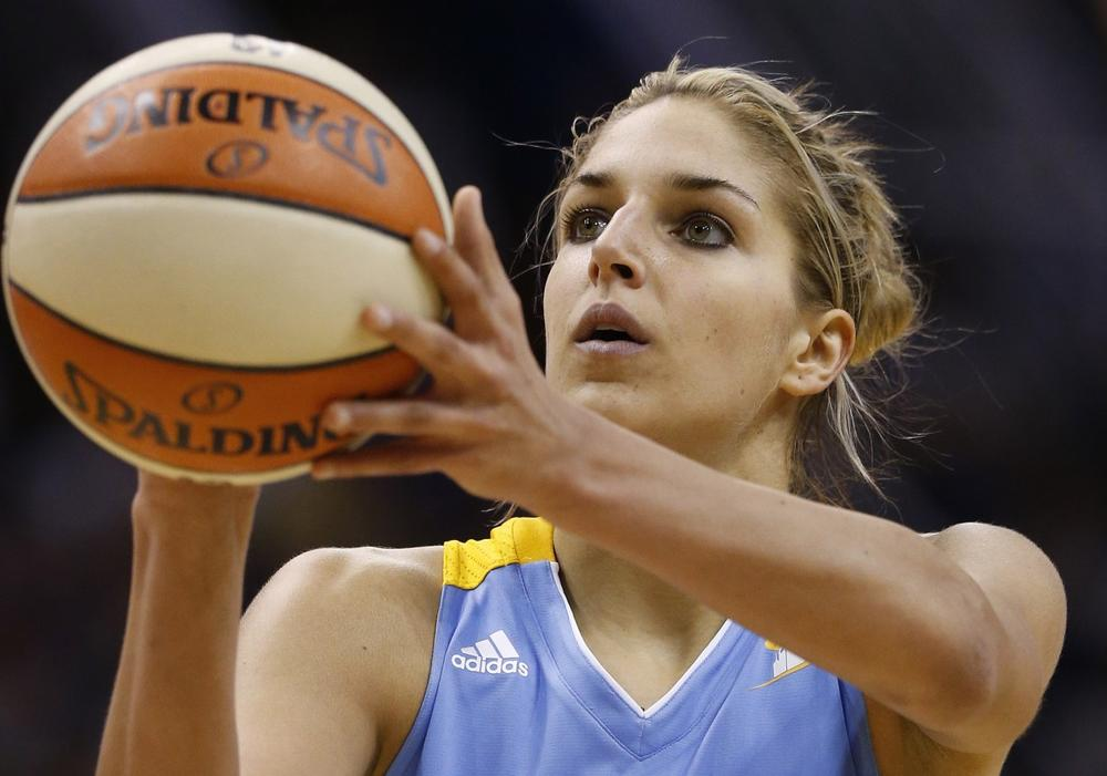 Delle Donne has quickly become one of the Sky's best players, averaging a team-best 19.4 points. (Ross D. Franklin/AP)