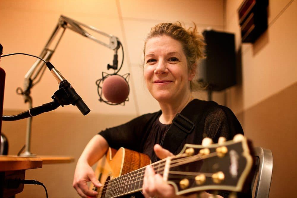 Dar Williams in the Radio Boston studios. (Jesse Costa/WBUR)
