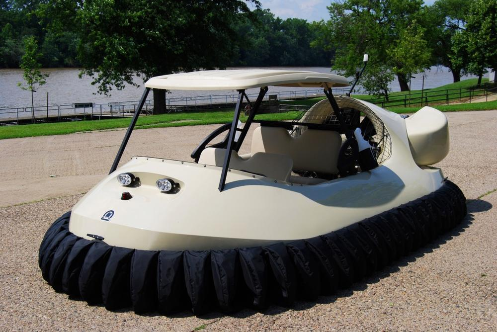 No, this isn't a scene from 'The Jetsons.' Hovercrafts like this one are coming to Windy Knoll Golf Club in Springfield, Ohio. (Neoteric Hovercraft Inc.)