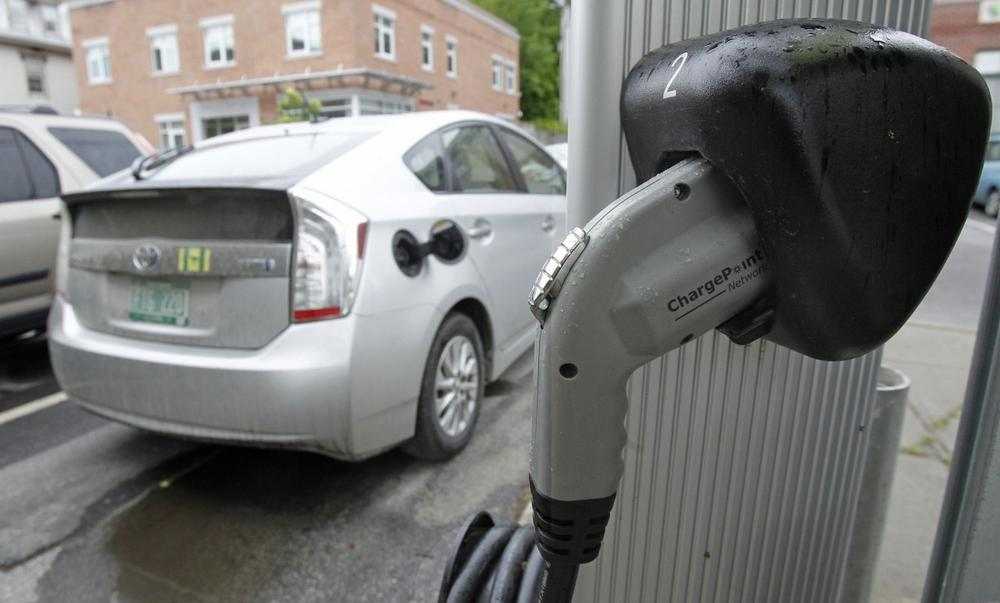An electric charging station is seen on Tuesday, June 18, 2013 in Montpelier, Vt. (Toby Talbot/AP)