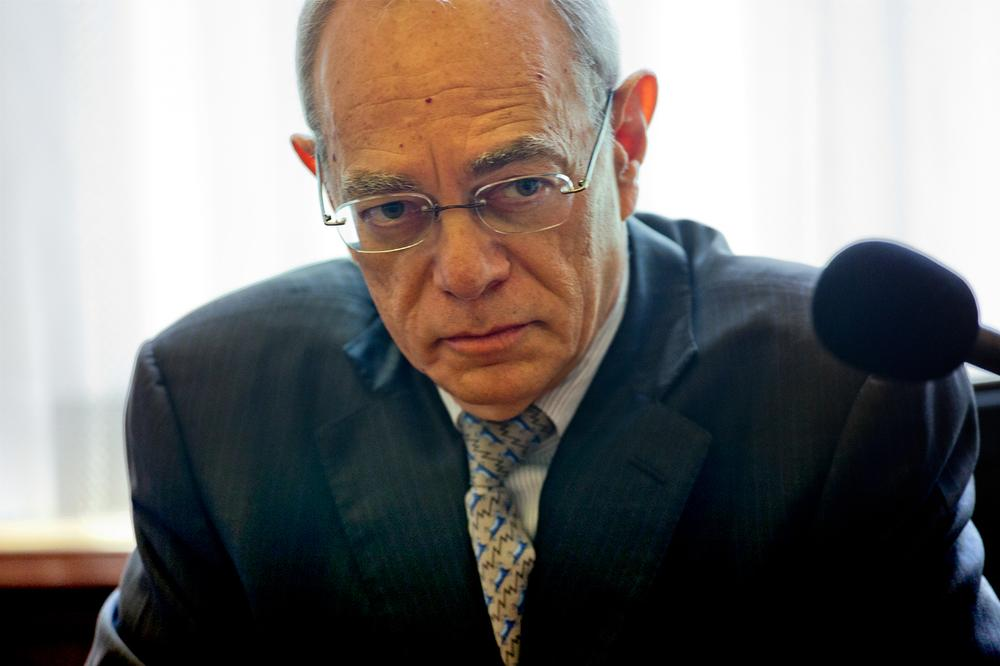 """MIT President Rafael Reif said Tuesday the school took the """"right position"""" on the handling of the Aaron Swartz case. (Jesse Costa/WBUR)"""