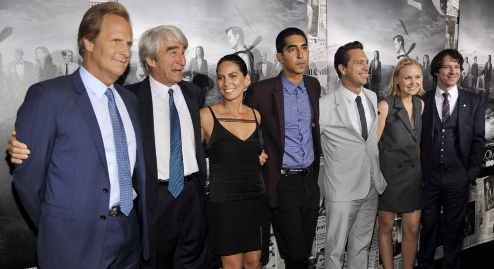 """The Newsroom"" cast members pose together at the season 2 premiere of the HBO series at the Paramount Theater on Wednesday, July 10, 2013 in Los Angeles. (AP)"