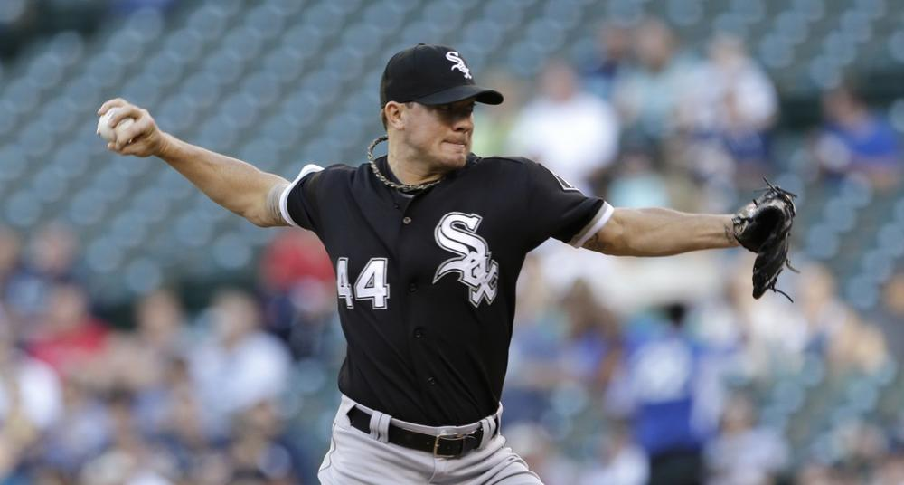 Chicago White Sox starting pitcher Jake Peavy in action against the Mariners June 4, 2013, in Seattle. (AP /Elaine Thompson)