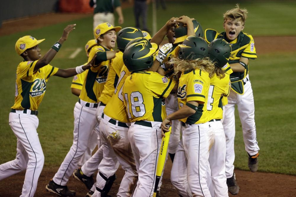 Yahoo! Sports columnist Dan Wetzel thinks players competing at the Little League World Series should be paid. (Gene J. Puskar/AP)