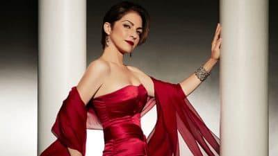 "Gloria Estefan's latest album is ""The Standards."""