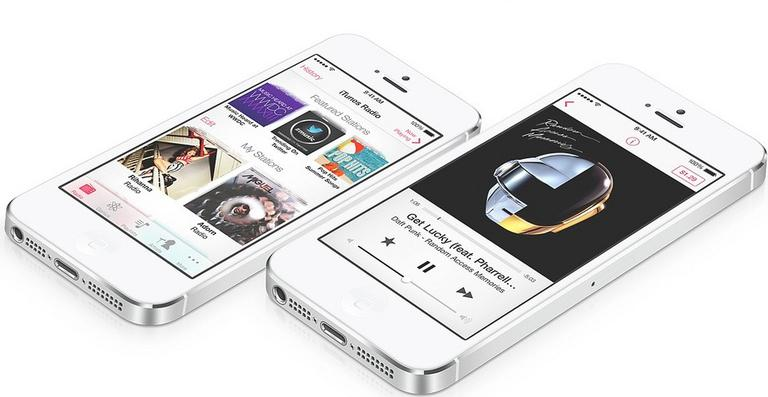 iTunes Radio preview (flickr/Binarycse)