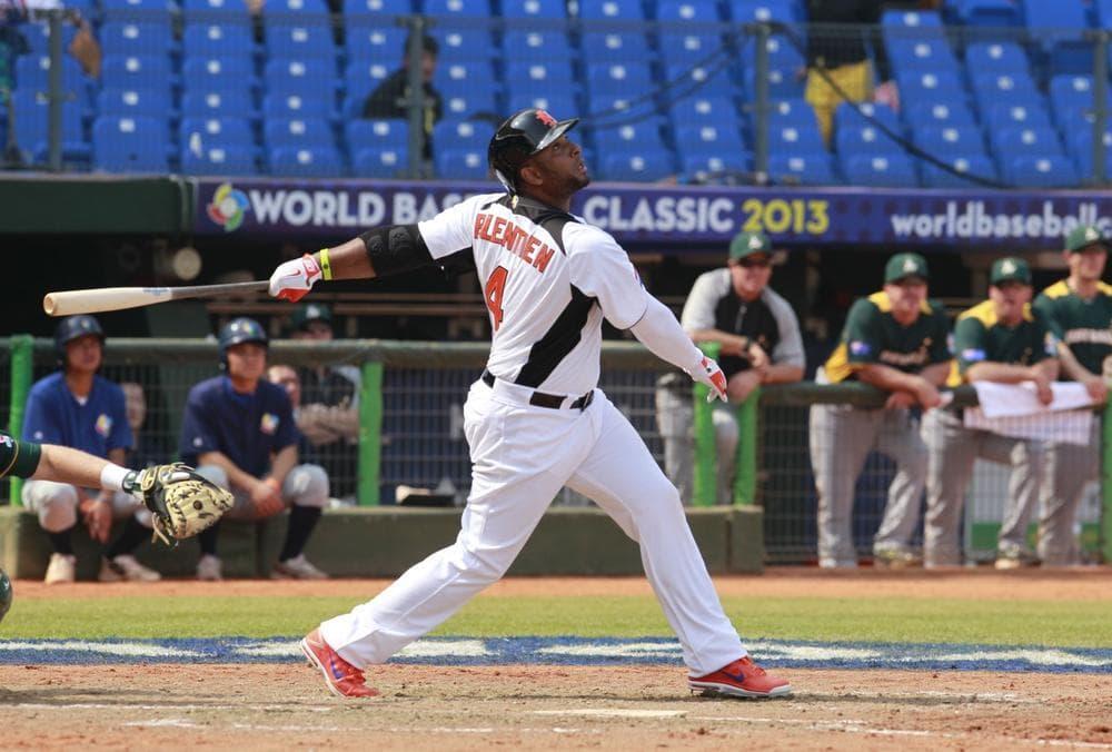 Wladimir Balentien is originally from Curacao, but he's right at home in Japan. The former MLB player has broken Sadaharu Oh's single-season home run mark. (Wally Santana/AP)