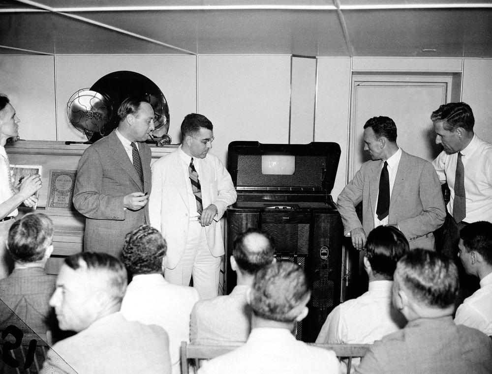 An early television model is demonstrated by Philco Radio and Television Corporation, Aug. 11, 1936. (AP)