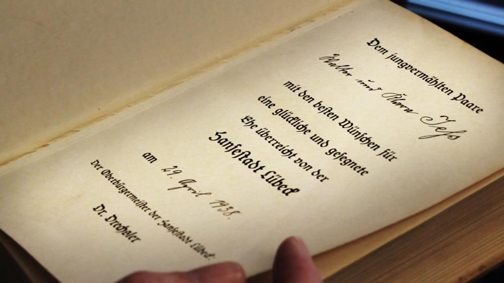 The book is inscribed to a German couple, Walter and Klara Jess, on the occasion of their 1938 wedding. (Matthew White)