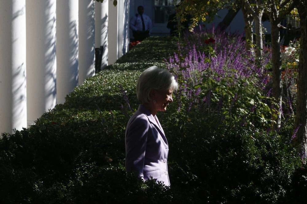 Health and Human Services Secretary Kathleen Sebelius arrives before President Barack Obama speaks during an event in the Rose Garden of the White House on the initial rollout of the health care overhaul on Monday, Oct. 21, 2013 in Washington. (AP)