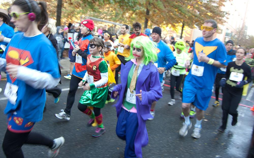 Robin and the Joker at the start of the race. (Greg Cook)