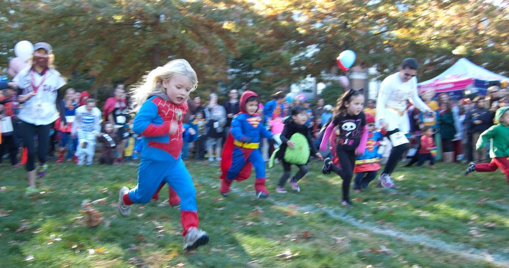 The kids race at Pacific Street Park. (Greg Cook)