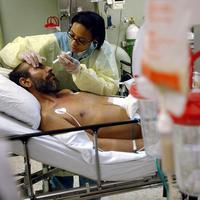 Inside an intensive care unit (Courtesy of the U.S. Navy/Wikimedia Commons)