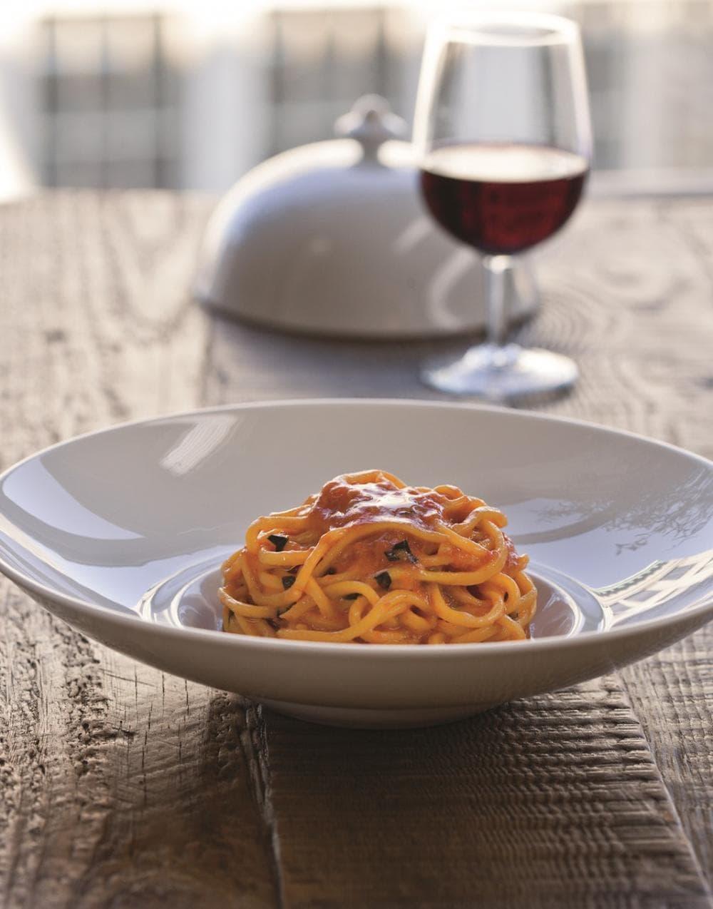 "Scott Conant's ""Scarpetta Spaghetti with Tomato Sauce"" (Brent Herrig/Houghton Mifflin Harcourt)"