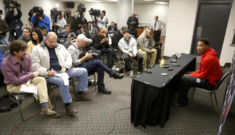 Chicago Bulls star Derrick Rose arrived on crutches for this week's press conference. (Charles Rex Arbogast/AP)