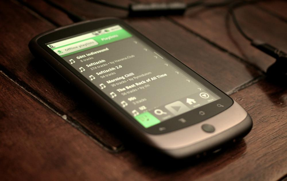 Spotify has started offering its music streaming app for free on iPhones and Android smartphones. (Johan Larsson/Flickr)