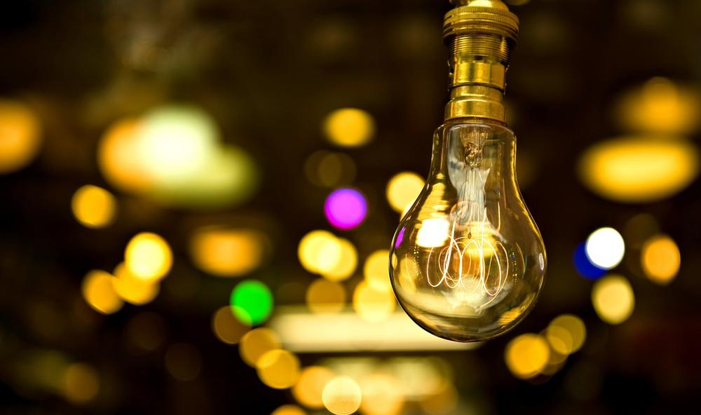 A phase out of traditional 60 and 40-watt incandescent bulbs goes into effect Jan 1. (AFP/Getty Images)