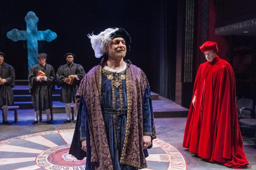 Allyn Burrows as Henry VIII (left) and Robert Walsh as Cardinal Wolsey (right) in the Actors' Shakespeare Project's production of Henry VIII. (Credit: Actors' Shakespeare Project)