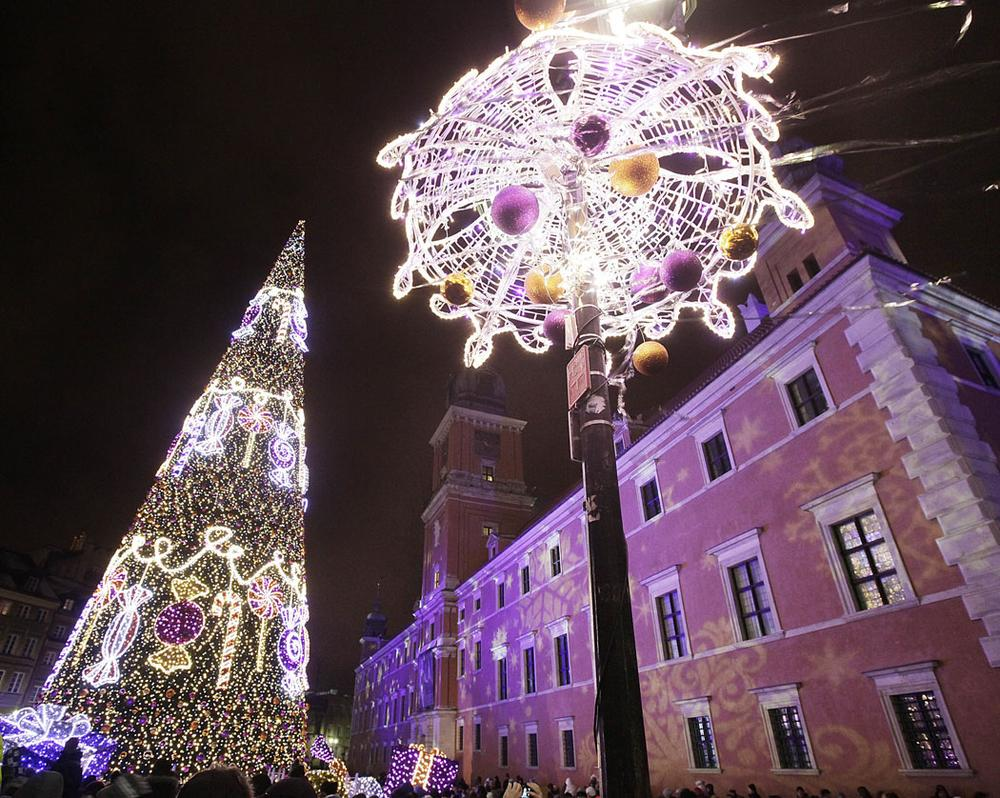 Christmas illuminations light up Royal Treaty Street in Warsaw, Poland, on Dec. 7, 2013. (AP Photo/Czarek Sokolowski)