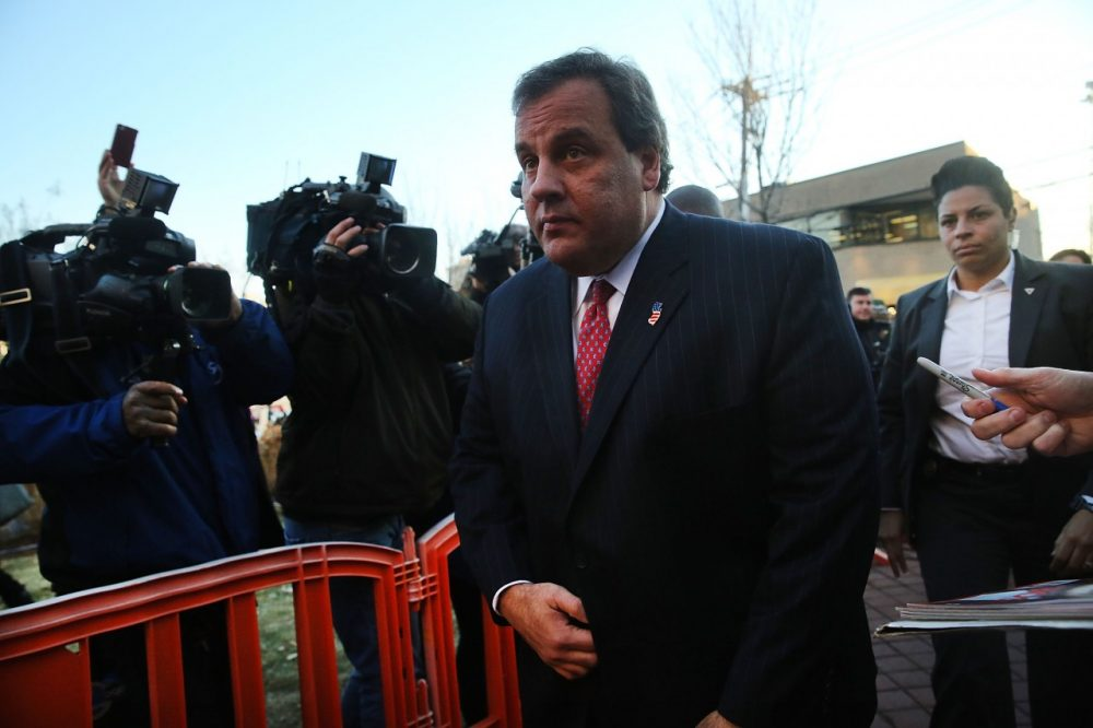 New Jersey Gov. Chris Christie enters the Borough Hall in Fort Lee to apologize to Mayor Mark Sokolich on January 9, 2014 in Fort Lee, New Jersey. (Spencer Platt/ Getty Images)