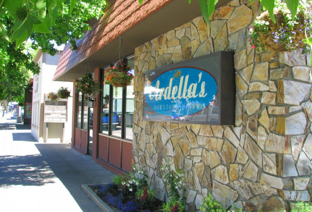 Adella's Downtown Diner in Willits, Calif., is pictured in the summer of 2006. (Beedle Um Bum/Flickr)