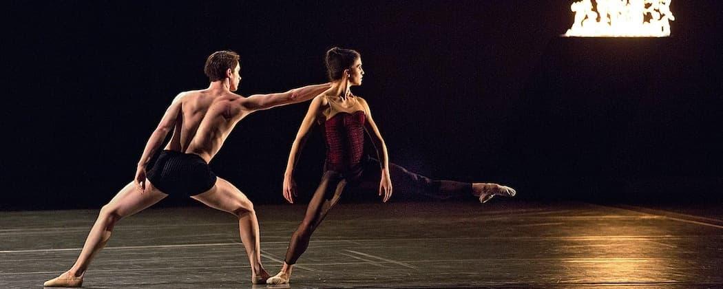"Paul Craig and Sarah Wroth perform in Jiří Kylián's ""Bella Figura."" (Lawrence Elizabeth Knox)"