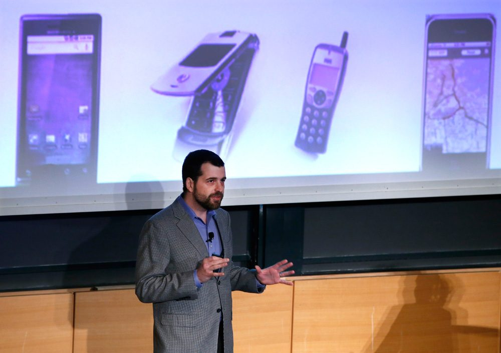 MIT Prof. Sam Madden speaks about mobile and big data at a workshop on campus on Monday. (Elise Amendola/AP)