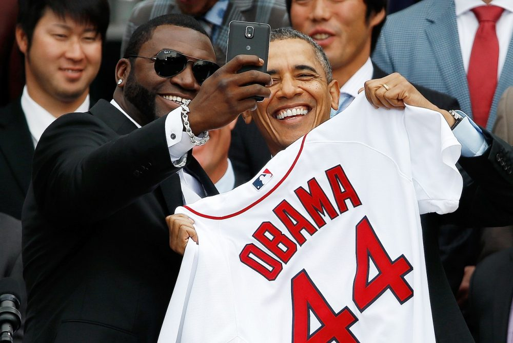 It turns out that Ortiz only took this selfie with Obama because he was paid for it. (Win McNamee/Getty Images)