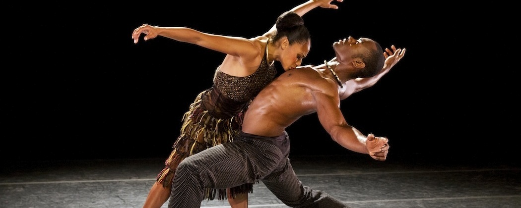 """Linda Celeste Sims and Jamar Roberts in """"Lift"""" by the Alvin  Ailey American Dance Theater.  (Paul Kolnik)"""