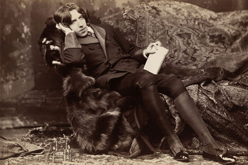 """""""I hope you have not been leading a double life, pretending to be wicked and being really good all the time. That would be hypocrisy.' -- Oscar Wilde (Creative Commons)"""