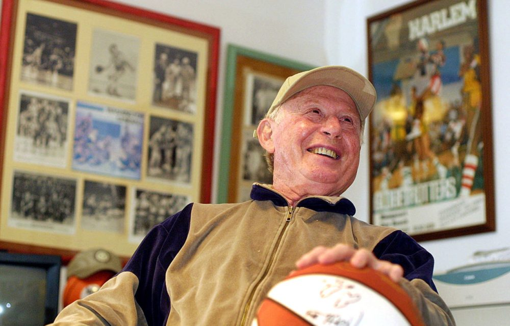 Red Klotz, who owned, coached and played for the Washington Generals, died at 93. (Chris Polk/AP)